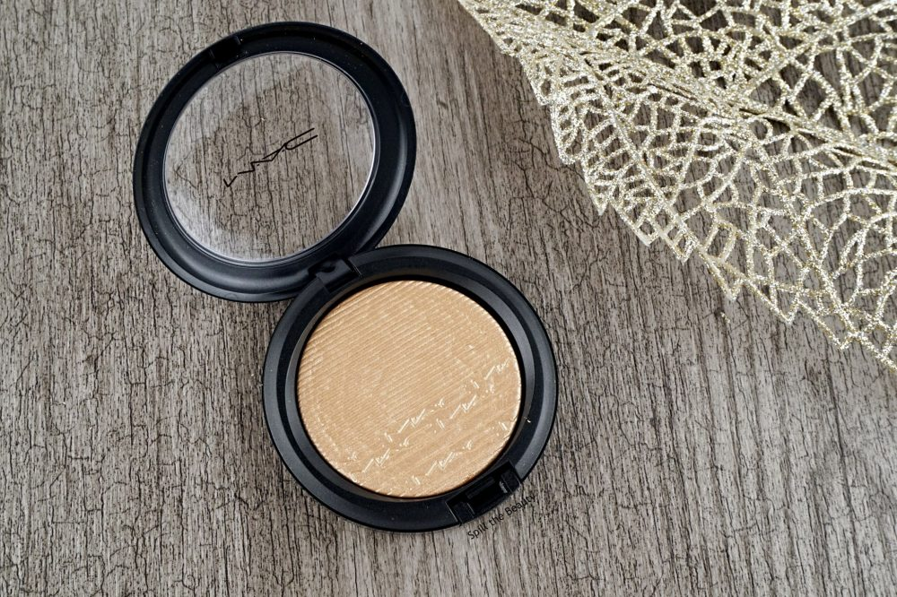 "MAC Extra Dimension Skinfinish ""Whisper of Gilt"" – Review, Swatches & Look"