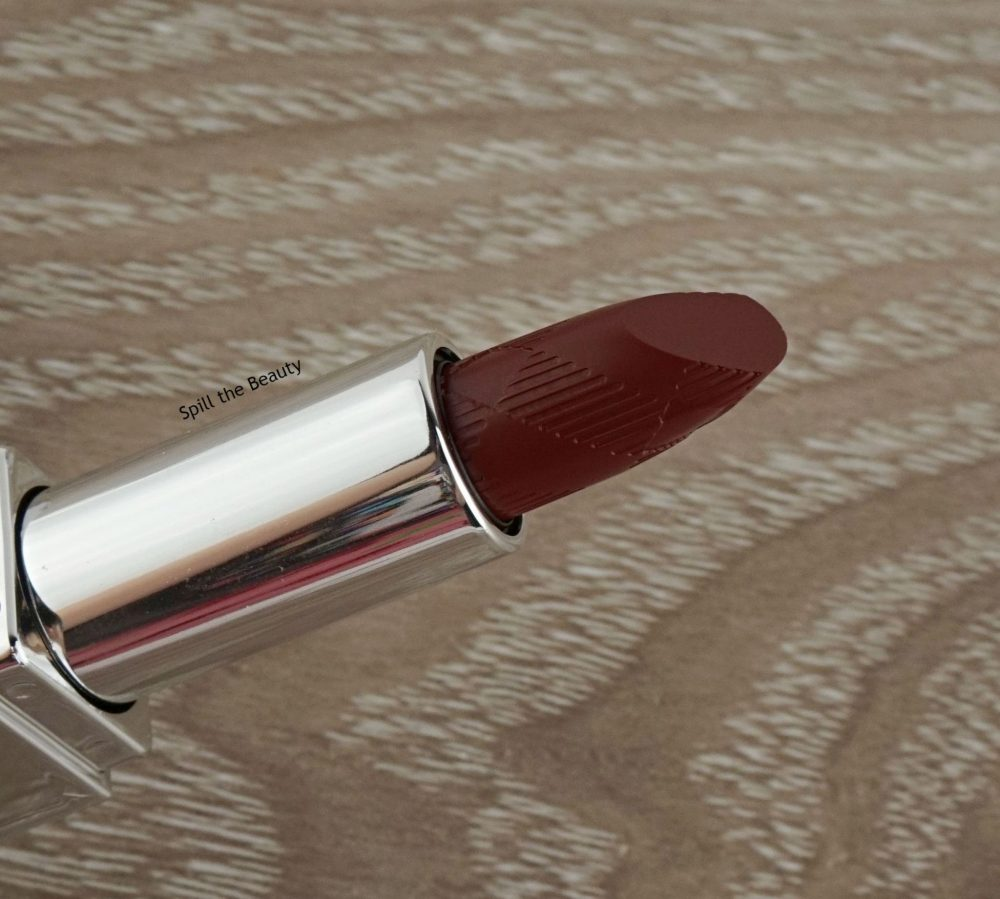 "Lip Swatch Sunday – Burberry ""Oxblood"""