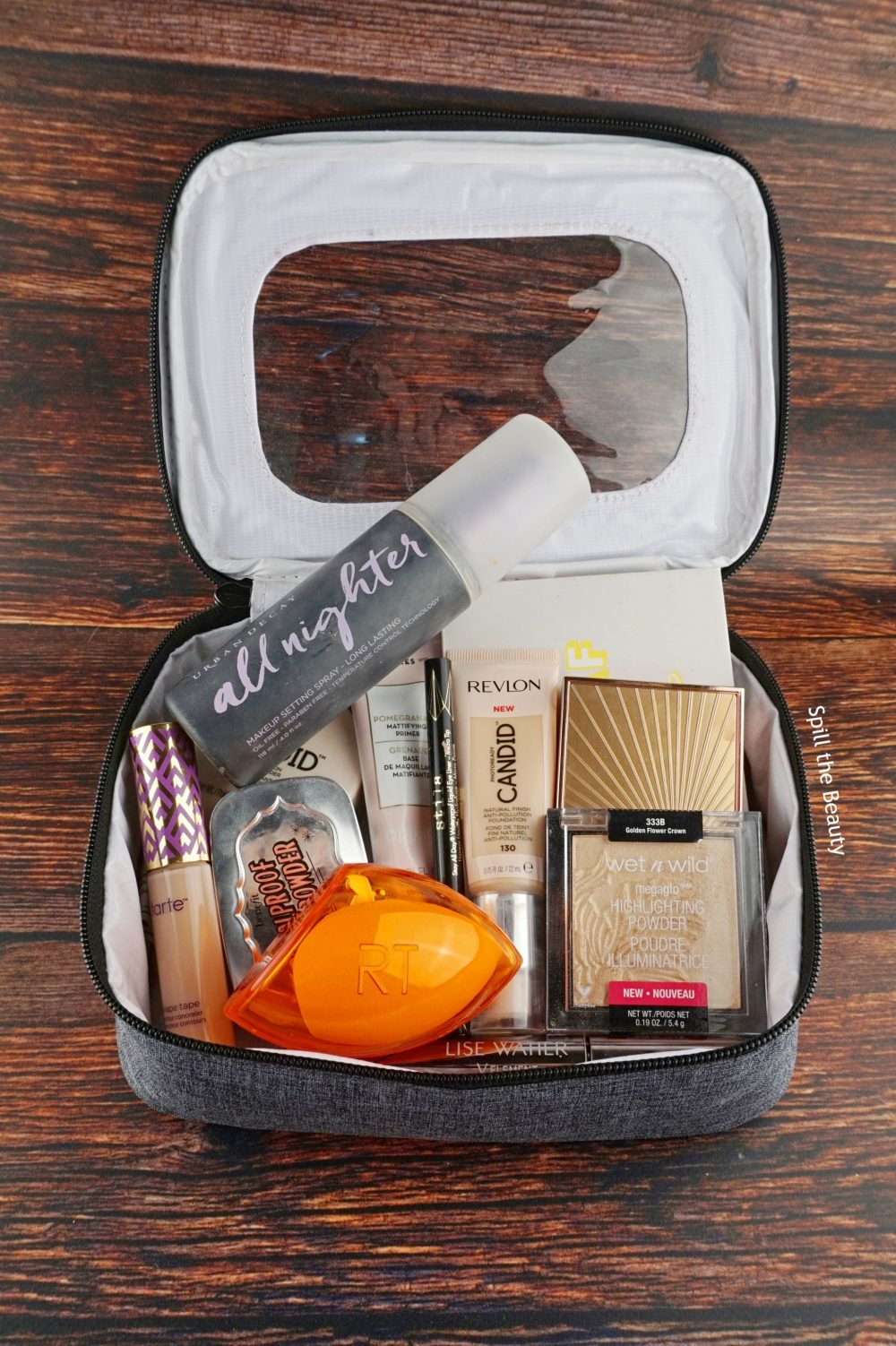 What's In My Makeup Travel Bag?